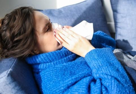 6 Cara Simpel Mengatasi Flu