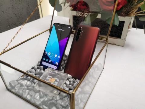 Begini Penampakan realme X50 Pro 5G