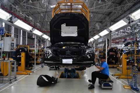 Mercedes-Benz Masih Kebal dengan Virus Korona