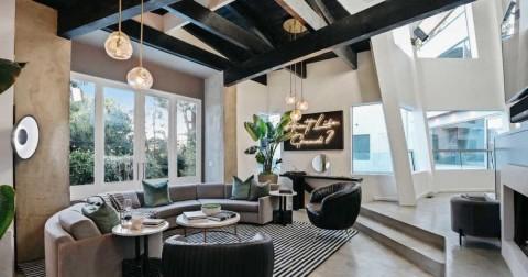 Rumah Halsey yang Bergaya Kontemporer Dijual