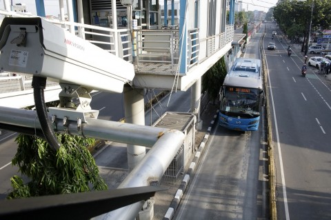 Rute dan Operasional Transportasi Massal di DKI Dipangkas