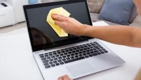 Cara Agar Laptop Bersih dari Kuman dan Virus