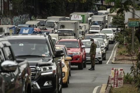 Duterte Minta Semua Turis Asing Tinggalkan Filipina Utara