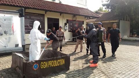 Ratusan Personel Polisi Siap Bantu Sterilisasi Fasum