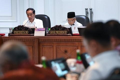 Minyak Dunia Merosot, Jokowi Minta Kalkulasi Harga BBM