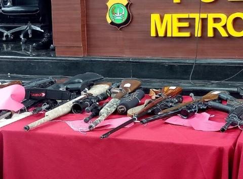 Polisi Didesak Putus Rantai Perdagangan Senjata Ilegal
