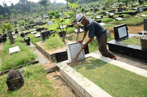 Pemakaman di DKI Tak Terima Peziarah