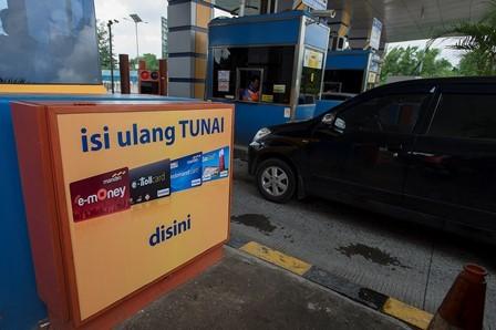 Layanan <i>Top Up</i> Tunai e-Toll Disetop