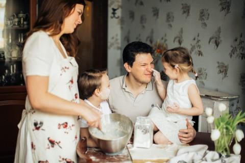 Kebahagiaan, Kunci Anak Berperilaku Baik dan Berprestasi