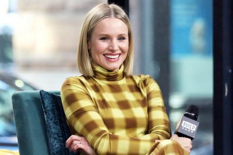 Putri Kristen Bell Donasikan Hasil Celengan Bantu Atasi Korona