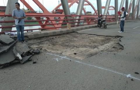 Baut Penyangga Jembatan Musi II Lepas