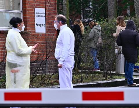 Jerman Terapkan <i>Lockdown</i> Jika Warga Bandel Berkeliaran