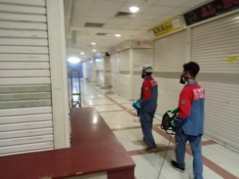 5.241 Kios di Pasar Tanah Abang Disemprot Disinfektan