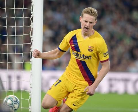 Koeman: De Jong Kurang Maksimal di Barcelona