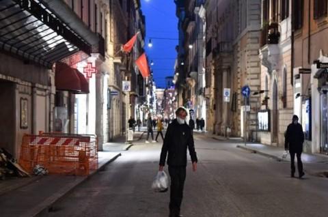 Korban Covid-19 Lampaui 4.000, Italia Perketat <i>Lockdown</i>