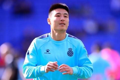 Penyerang Espanyol Wu Lei Positif Korona
