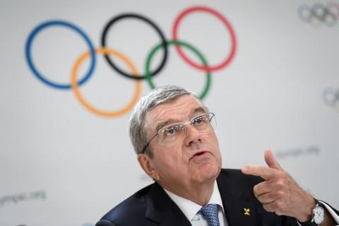 Olimpiade 2020 Didesak Mundur, Presiden IOC Bergeming