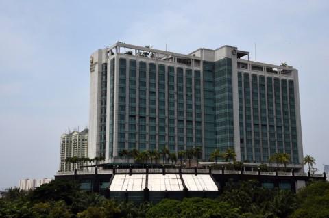 Tim Kemanusiaan Surya Paloh Serahkan Hotel untuk Penanganan Korona