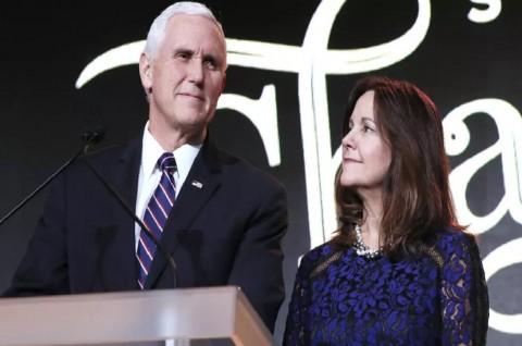Wapres AS Mike Pence dan Istrinya Negatif Korona