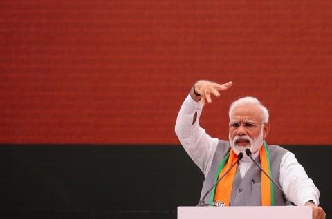 Tekan Penyebaran Korona, India Berlakukan Aturan Jam Malam
