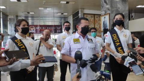 MPR Bagikan Seribu Paket Bantuan Pencegahan Korona