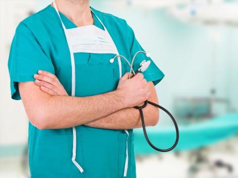 Tenaga Medis RS Unair Dipastikan Bersih dari Virus Korona