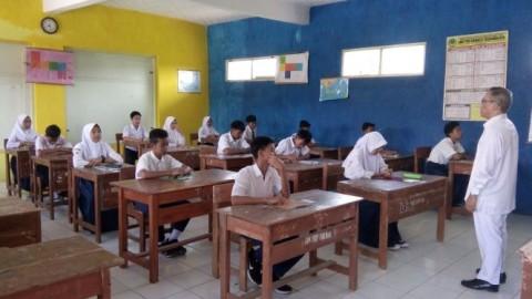 UN Setop, Ujian Sekolah Jalan Terus