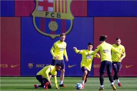 Barcelona Berencana Kembali Latihan pada Akhir April
