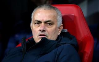 Jose Mourinho Turun Tangan Antisipasi Covid-19