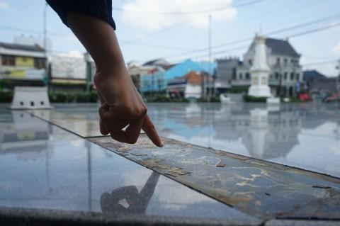 Lempeng Tembaga Miniatur Filosofis Yogyakarta Hilang