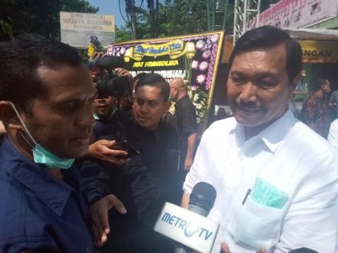 Luhut Kenang Ibunda Jokowi Sosok Sederhana