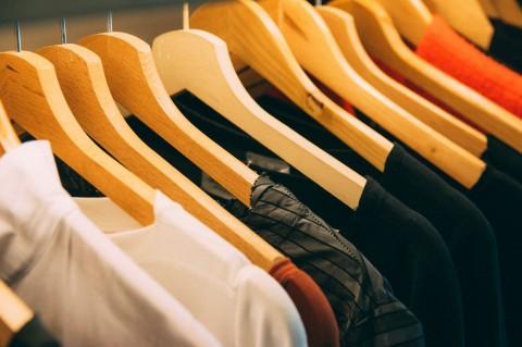 Berapa Lama Virus Korona dapat Bertahan di Pakaian?