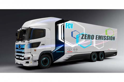 Rencana Toyota & Hino Membuat Truk Ramah Lingkungan