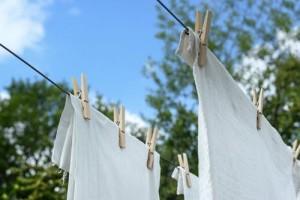 Tips Mencuci Pakaian di Tengah Wabah Covid-19