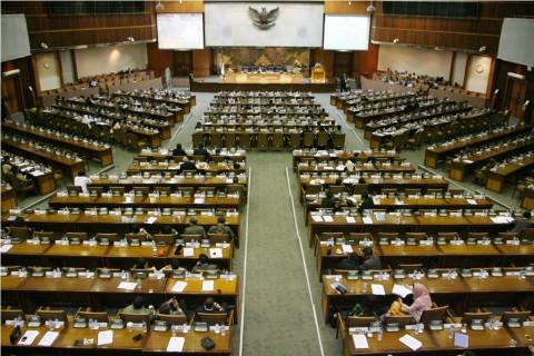Fraksi NasDem, Golkar dan PKB Sepakat Potong Gaji