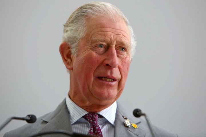 Pangeran Charles Keluar dari Karantina