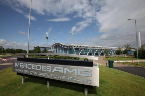 Tim Mercedes-AMG F1 Bantu Alat Pernafasan untuk Pasien Korona