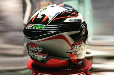 Gerry Salim Lelang Helm untuk Tangani Corona