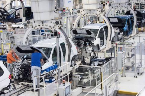 Volkswagen Tetap Gelontorkan USD2,2 Miliar Meski Pabrik Tutup