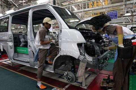 Daihatsu Kurangi Produksi Mobil, Karyawan #StayAtHome