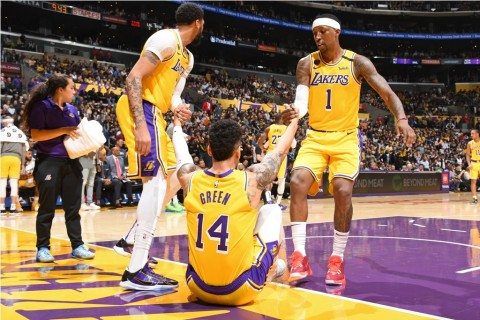 Seluruh Pemain Lakers Aman dari Covid-19