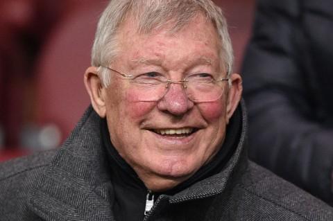 Gary Neville Ungkap Tiga Strategi Transfer Alex Ferguson di Manchester United