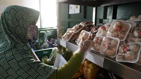 Hindari Korona, IPB Fasilitasi Belanja Sayur dari Rumah
