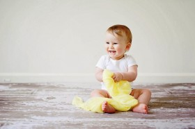 Haruskah Memberikan Vaksin Awal Bayi demi Mencegah Covid-19?