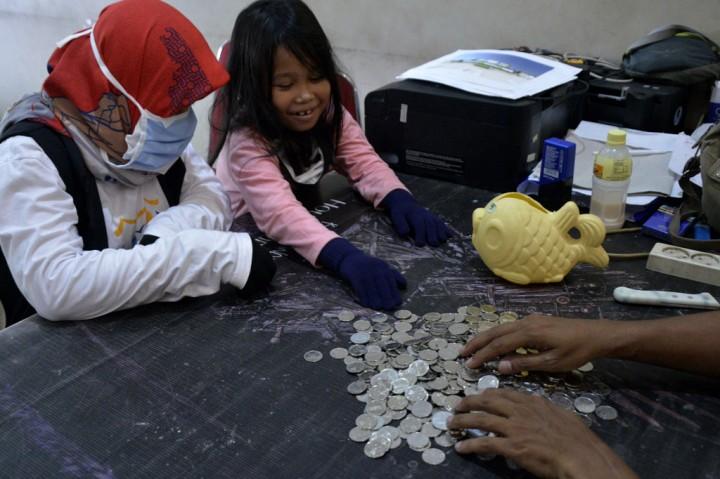 Bocah 6 Tahun Sumbang Uang Celengannya untuk APD Tim Medis