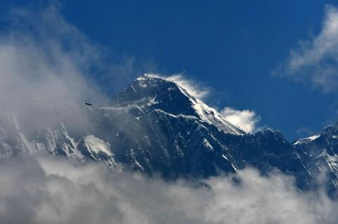 Pendaki Tiongkok Memulai Ekspedisi Everest di Tengah Pandemi