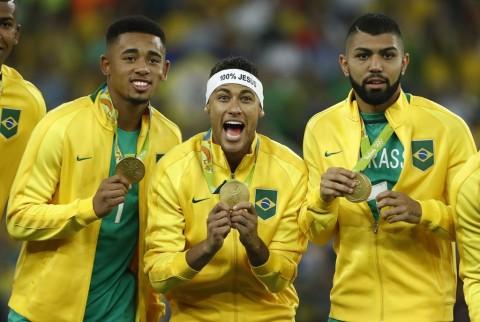 Olimpiade Diundur, Batas Usia Tim Sepak Bola Berubah