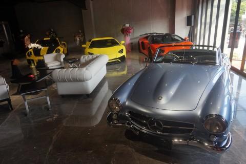 Dealer Mobil Mewah Rangkul Ojol Selama Wabah Korona, Ada Apa?