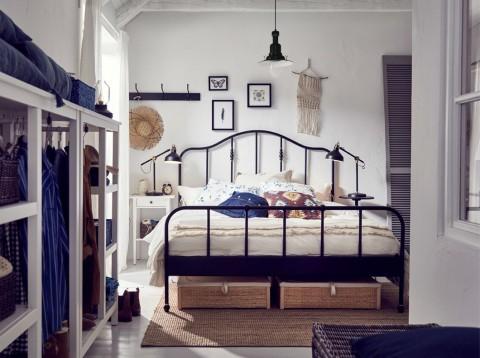 Manfaatkan Kolong Tempat Tidur sebagai Penyimpanan Barang