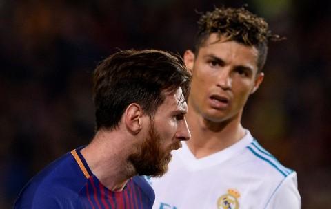 Kaka Sebut Messi Lebih Baik Ketimbang Ronaldo